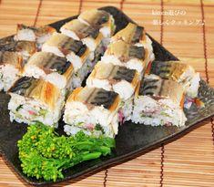 菜の花と桜を入れた酢飯に焼きサバを載せたお寿司です!! 簡単なのに、おもてなし料理にもなるのが嬉しいですね♪