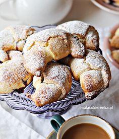 Proste Rogaliki z Dżemem – Przepis – Mała Cukierenka Pretzel Bites, Rolls, Sweets, Bread, Cookies, Cake, Recipes, Food, Photography