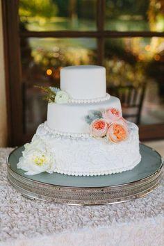Pièce montée 2017  Robe de mariée de luxe Sonoma Golf Club Mariage réel Photos sur WeddingWire