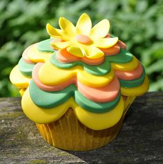 Layered Flower Cupcakes