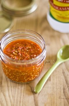 Sambal Bakso                 100 g red bird eyes chilies (red paddy chilies) salt 1/4 tsp sugar 3 tbsp canesugar vinegar (Indonesian: cuka lahang) bakso broth