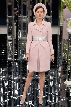 Karl Lagerfeld Reinvents The Power Woman at Chanel Couture