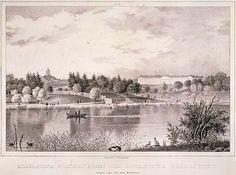 Magnus von Wright 1838. Yleinen puisto ja Kaisaniemi. Litografia. Näkymä n:o 11 Fredrik Tengströmin 1837-1838 kolmena vihkona julkaisemasta 12 Helsinki-näkymän sarjasta. Puiden välistä näkyvät Vanha kirkko sekä Lasipalatsin paikalla sijainnut Turun kasarmi.
