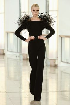 Stephane Rolland 2015 Haute Couture #eveningdresses, #mezuniyetelbiseleri , #eveninggowns, #geceelbisesi , #eveningdress , #moda , #fashion , #hautecouture , #stephanerolland
