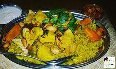 Machbous Chicken Chicken in Khaleeji spices on a bed of yellow rice @logmauae @boxparkdubai  #zomatodubai  #zomatouae #dubai #dubaipage #mydubai #uae #inuae #dubaifoodblogger #uaefoodblogger #foodblogging #foodbloggeruae #uaefoodguide #foodreview #foodblog #foodporn #foodpic #foodphotography #foodgasm #foodstagram #instagram #instafood #theshazworld #logma #logmauae #boxpark #emiraticuisine #emirati