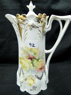 RS Prussia lily mold chocolate pot with yellow roses