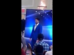 Adam Lambert at Idol Auditions - WOW he got a GREAT reception from the contestants!