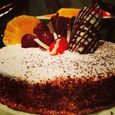 A #queen for a day :) Is #cake your all-day comfort food? #hiltoncolomboresidences #HCR #indulge #bake #foodie #chocolatelovers