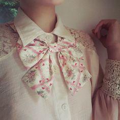 Vintage Pink, Vintage Style, Vintage Fashion, Floral Bow Tie, Cravat, Bowties, Ascot, Bridal Accessories