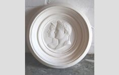 An English relief cast plaster double-portrait roundel of Napoleon and Josephine - Sculptural works, Fossils, Tribal, Geological & Taxidermy...