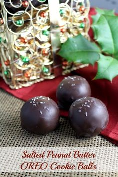 Salted Peanut Butter OREO Cookie Balls. The traditional Christmas treat made fancy with a salted peanut butter twist. Simple and elegant. #shop #OREOCookieBalls
