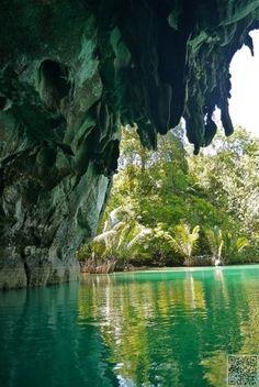 48. #Puerto Princesa, #Palawan, Philippines - 50 #étonnantes grottes et #cavernes du monde... → #Travel