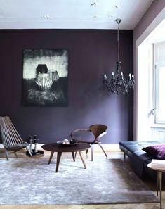 〰️ Ingenio, originalidad y vanguardia 〰️  Así es el nuevo Pantone 2018: Ultra Violet     ¿Te atreves a usarlo en tu #proyecto CONTRACT ?  #interiorismo #decoración #UltraViolet #ColorofTheYear #colorinspires #tendencias #inspiración