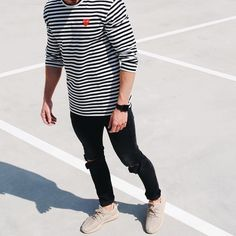 @commedgarcons stripe long sleeve and #yeezyboost350  [ http://ift.tt/1f8LY65 ]