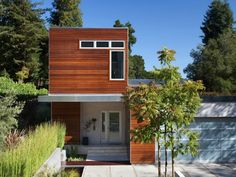 2,600 SQUARE FOOT SIDEBREEZE PREFAB HOUSE BY BLU HOMES