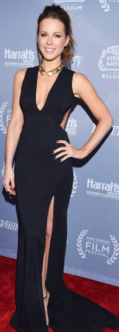 Who made  Kate Beckinsale's black cut out gown, sandals, and jewelry?
