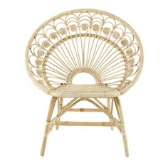 In a vintage or exotic décor, this rattan armchair has a natural finish to create a warm atmosphere. Making its comeback in our decoration, rattan will appeal to true nostalgics. Rattan Armchair, Blue Armchair, Poltrona Vintage, Vintage Armchair, Swan Chair, Deco Boheme, Bamboo Furniture, Wooden Textures, Vintage Stil
