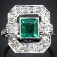 Cartier Art Deco emerald & diamond ring set in platinum, ca 1925.