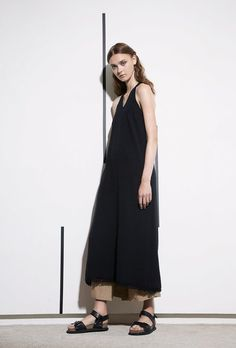 Y's Yohji Yamamoto | Resort 2017 Collection | Vogue Runway