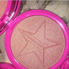 Jeffree Star Cosmetics Skin Frost Highlighter in Peach Goddess Makeup Needs, I Love Makeup, Makeup Inspo, Beauty Makeup, Makeup Looks, Pretty Makeup, Skin Frost, Star Makeup, Plus 4