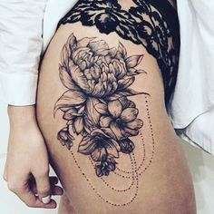 Need a tattoo like this  #tattoo #thightattoo #flowers #chains #pretty #ink #girlswithtattoos