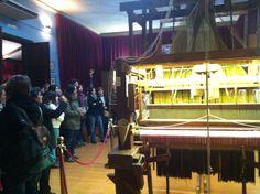 Telar en @Espaiseda de su museo-tienda en el Colegio de Arte Mayor de la Seda de Valencia.  #CaminsGremials