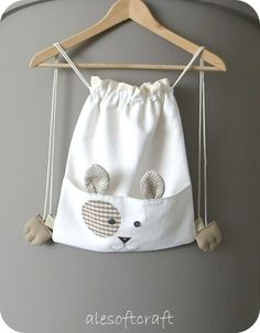 Like the simplicity of it. Cute animal bag for a kid, perfect easy pattern for me!!