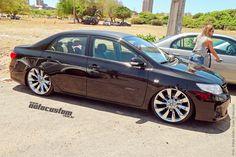 Toyota Corolla - Evento: www.autocustom.com.br/2014/09/2o-baixo-ce-encontro-de-carros-rebaixados-em-fortaleza