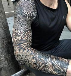 best full sleeve tattoos ever Japanese Sleeve Tattoos, Full Sleeve Tattoos, Tattoo Sleeve Designs, Tattoo Sleeves, Geometric Sleeve Tattoo, Mandala Sleeve, Mandala Tattoo Men, Small Geometric Tattoo, Geometric Tattoos Men