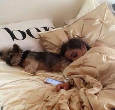 Image about dog in niki and gabi by sofi love Stay In Bed, Luxe Life, Foto Pose, Lazy Days, My New Room, Warm And Cozy, Queen, Luxury Lifestyle, Sweet Dreams