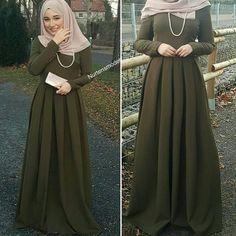 #ootd#simple#chic#hijab#elegant#pretty#classic#lovely#kakhi#dress#gorgeous#cute#hijabstyle#beautiful#muslimah#mashallah#lifestyle#awsome#sweet#look#hijabfashion#styling#hijab#everyday#cool#instalike#instafollow#hijabness19#beauty#forever @hijabness19 ========>> by @faaaatmanur_ / @nurtensmodebutike2515