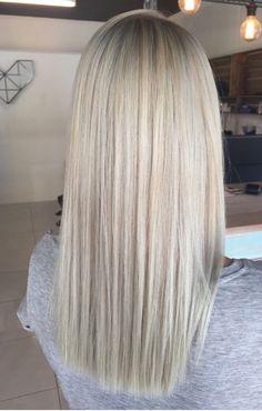 H - cabelo - cabelos - Hellblonde haare - Blonde Hair Shades, Light Blonde Hair, Blonde Hair Looks, Brown Blonde Hair, Platinum Blonde Hair, Icy Blonde, Sandy Blonde Hair, Medium Blonde, Hair Medium