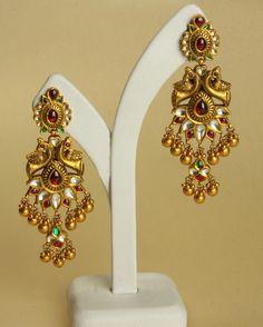Beautiful ear rings--Love it Gold Rings Jewelry, Ear Jewelry, Antique Jewelry, Jewelery, Antique Gold, Gold Earrings Designs, Gold Jewellery Design, Gold Designs, Jewelry Model