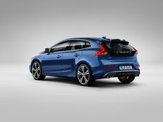Volvo Drops The Cover Off 2017 V40 And V40 Cross Country