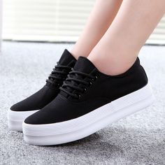 Platform shoes Canvas shoes woman fashion 2016 white women shoes Casual shoes Black plus size Dr Shoes, Sock Shoes, Me Too Shoes, Shoe Boots, Sneakers Mode, Sneakers Fashion, Fashion Shoes, Shoes Sneakers, Platform Sneakers