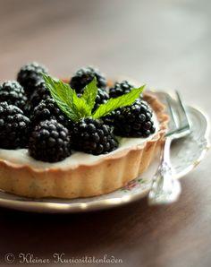 Brombeer-Tartelettes mit Zitronen-Ricotta-Creme | Kleiner Kuriositätenladen