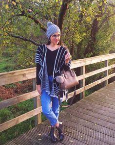 Botines élysèss chelsea color antracita en el outfit de @crisgarpes