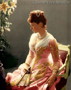 Elisabeth of Hesse, Grand Duchess in Russia. My god just look at her clothing. Absolutely breathtaking.