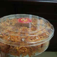 Kentang kering balado dengan tambahan kacangCocok dimakan dengan nasi panasDijamin nagih 😉😉😉
