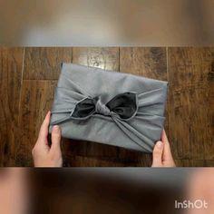 Welcome to Furoshiki Giftwrap - Edinburgh based Eco-Friendly Giftwrapping Japanese Gift Wrapping, Japanese Gifts, Creative Gift Wrapping, Creative Gifts, Flower Packaging, Packaging Ideas, Gift Wrapping Techniques, Gift Wrapping Tutorial, Furoshiki Wrapping