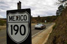 Mercedes SLS on Panamericana highway