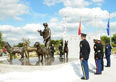 First US national monument honoring miltary dogs unveiled