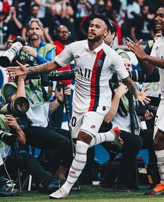 Best Football Players, Soccer Players, Soccer Teams, College Basketball, Neymar Jr Wallpapers, Neymar Football, Neymar Psg, Manchester United Wallpaper, Neymar Brazil