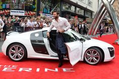Hugh Jackman and Bryan Cranston at UK Wolverine premiere and Walk of Fame|Lainey Gossip Entertainment Update