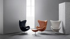 Fall in love with one of Fritz Hansen's many designer lounge chairs. Explore the whole Fritz Hansen lounge chair collection here.