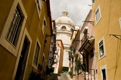 Alfama, the oldest Lisbon district - All About Portugal