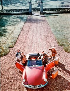 DS Citroen Ds, 1960s Cars, Famous French, Cabriolet, Jeep Cars, All Cars, Motor Car, Peugeot, Convertible