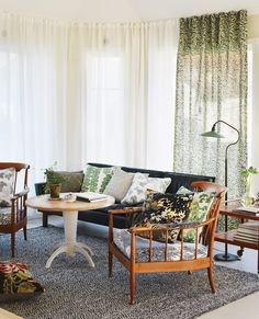 At home with Emma von Brömssen (photo: Carl Dahlstedt / Comfortable home) - Household Units