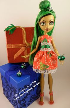 Custom Oh Christmas Tree Monster High / Ever After High by awiety, $16.00