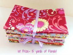 http://www.blogger.com/profile/03533566766276588176 For this week's Fabric Giveaway, Hypernoodle Fabrics is giving away a very generous prize! One lucky winner will receive FIFTEEN full yard cuts of their Fabulous Florals!  PLUS a second winner will receive a bundle of Holiday prints in 1/2 yard cuts equaling another SEVEN yards of fabric!  WOW, that's a lot of gorgeous fabric folks!!